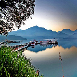 Sun Moon Lake Tour (2 Days)